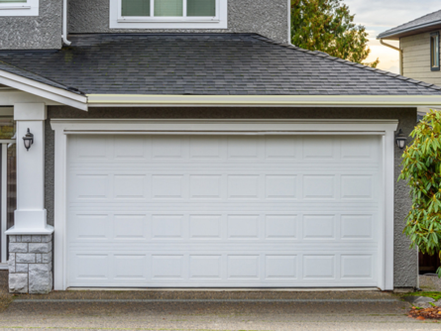 Grace Your Home With a Gorgeous Garage Door